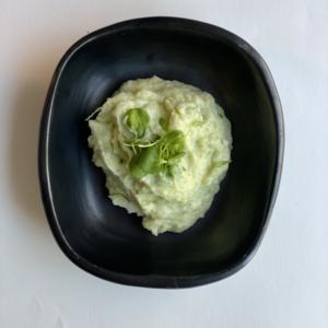 Aardappelpuree met verse kruiden