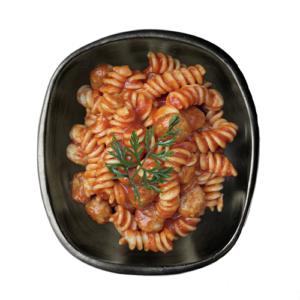 Spirelli met gehaktballetjes en zuiderse groentensaus